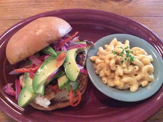 kiawah island country kitchen grouper sandwich