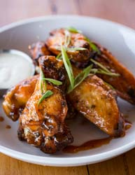 avondale common house wings