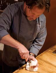 george reis shucking oysters technique