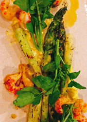 hot and hot asparagus salad